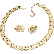 Trifari Necklace Earrings Set Vintage Rhinestones Imitation Pearls