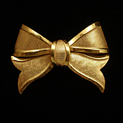 Bow Brooch Pin Vintage Miriam Haskell