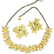Yellow Flowers Orange Centers Necklace Earrings Set Vintage