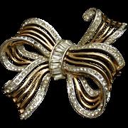 Bow Pin with Rhinestones Vintage Trifari pat. pend.