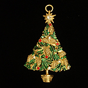 Pine Cones Christmas Tree Pendant or Ornament Vintage Avante
