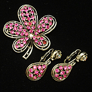 Unsigned Set Brooch Pin Earrings Pink Rhinestones Vintage