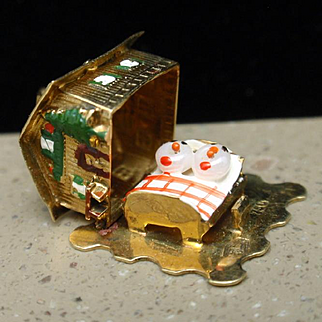 House Charm Opens to People Sleeping in Bed 18k Yellow Gold and Enamel