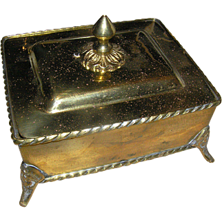 Vintage Solid Brass box from India, Late 20th c. with the lid