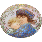 Mother's Day Commemorative Plate by Knowles, May 9, 1978- D100, near mint....no box.
