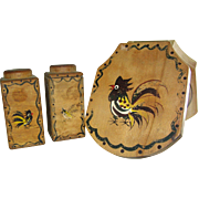 Woodpecker Wood Ware, hamberger press and salt and pepper shaker, Fine to Good!