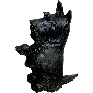 Cast Iron doorstop of a Terrier Dog, JM63, middle 20th c.