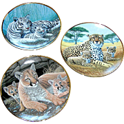 Set of Wild Cat decorative plates,