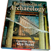 Vintage book, Encyclopedia of Archaelogy, Gly Daniel