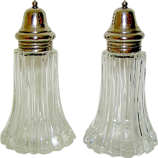 Vintage Large Clear Glass Pair of Salt and Pepper Shakers