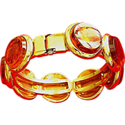 Amber clip-on bracelet for an average wrist size