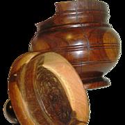 Bowl:pot,treen, hard-wood:cherry, turned, lathe, lid