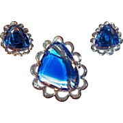 Abstract Elizabeth Morrey Blue Open Back Stones Brooch or Pendant with Matching Clip Earrings