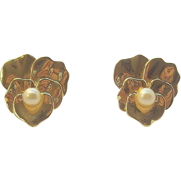 Trifari Small Shiny Goldtone Metal Clip on Earrings with Imitation Pearl