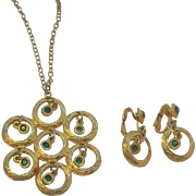 Retro Dangle Green Rhinestone Pendant Necklace with Matching Dangle Earrings Set