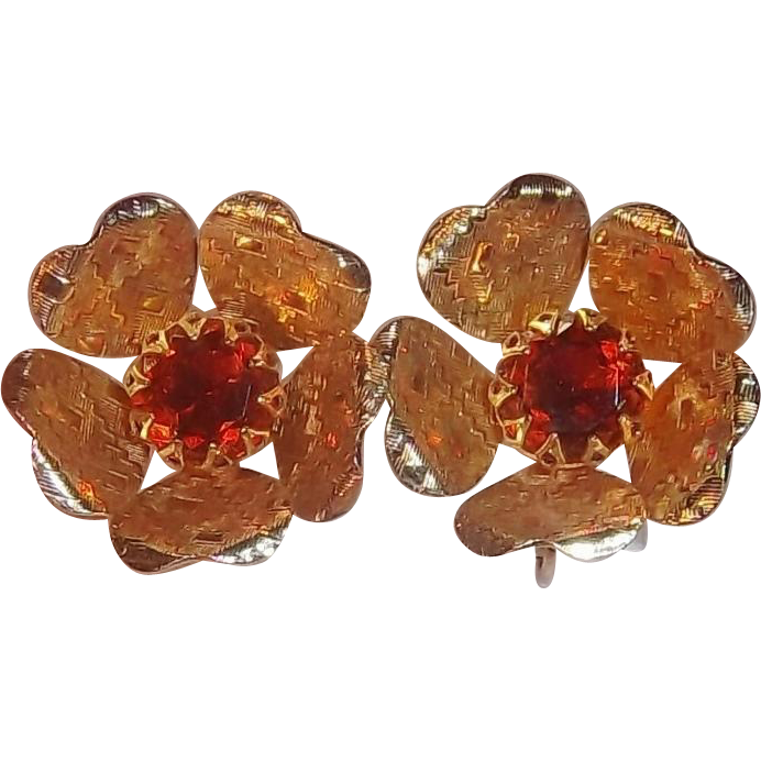 Sarah Coventry Rhinestone Ember Flower 3-D Goldtone Metal Clip on Earrings