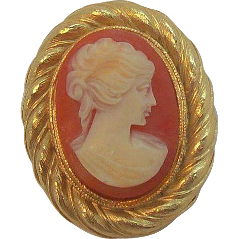 Sweet Lisner Thermoset Plastic Textured Goldtone Metal Cameo Brooch