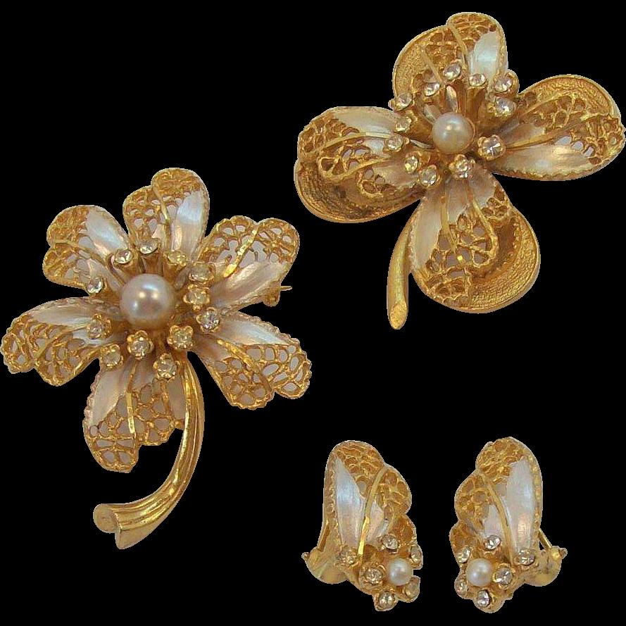 BSK  3- Dimensional Rhinestones & Enamel Flower Brooches & Earring Set
