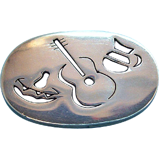 Sterling Silver Mexico Oval Shaped Brooch with Cut Out Designs