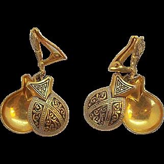 Dangle Castanets Damascene Goldtone Metal Enameled Clip on Earrings