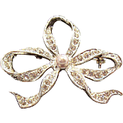 Sparkling Bow Pin with Clear Rhinestones & Imitation Pearl