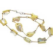 Interesting Irregular Shaped Mother of Pearl Beaded Vintage Necklace