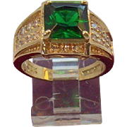 Vintage Camrose & Kross Princess Cut Emerald Green Crystal Ring Size 8 Mint in Box