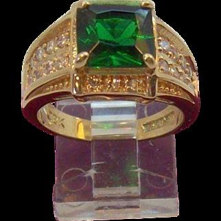 Camrose & Kross Princess Cut Emerald Green Crystal Ring Size 8 Mint in Box