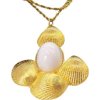 Vintage Goldette Huge 3-Dimensional Goldtone Metal & White Sea Shell Pendant Necklace Circa 1960's