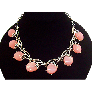 Retro Spring Pretty Pink Moon Glow Lucite Choker Necklace