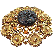 Vintage Florenza Textured Goldtone Rhinestone Imitation Pearl Brooch