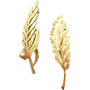 Vintage Trifari  Textured Goldtone Metal Brooches  Pair of Leaves