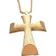 Vintage Avon Brushed Goldtone Metal Cross Pendant Necklace
