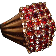 Vintage Textured Goldtone Metal Ring with Red Glass Stones Size 9