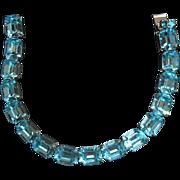 Vintage Weiss Ice Blue Rhinestones Silvertone Metal Bracelet