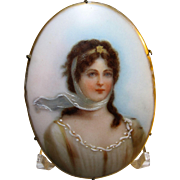 antique 1900s Queen Louise portrait brooch hand painted porcelain