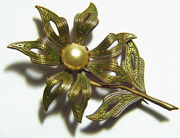 Vintage Large Green Damascene Flower Pin Brooch ~ signed SPAIN ~ Faux Pearl Center