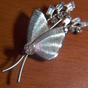 Vintage signed CARL-ART Textured Sterling Silver Pin Brooch ~ Prong Set Clear Rhinestones