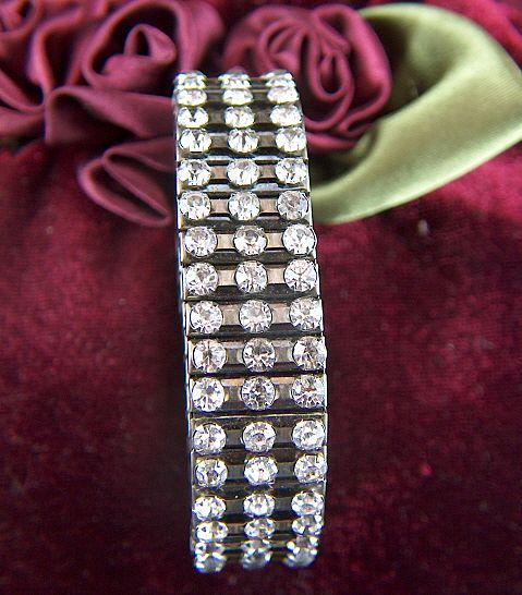 Vintage Clear Rhinestone Expansion Bracelet ~ Different!