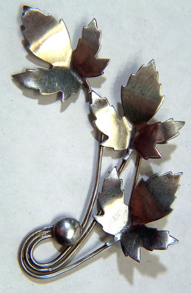Vintage signed Sterling 1950s Maple Leaf Pin Brooch