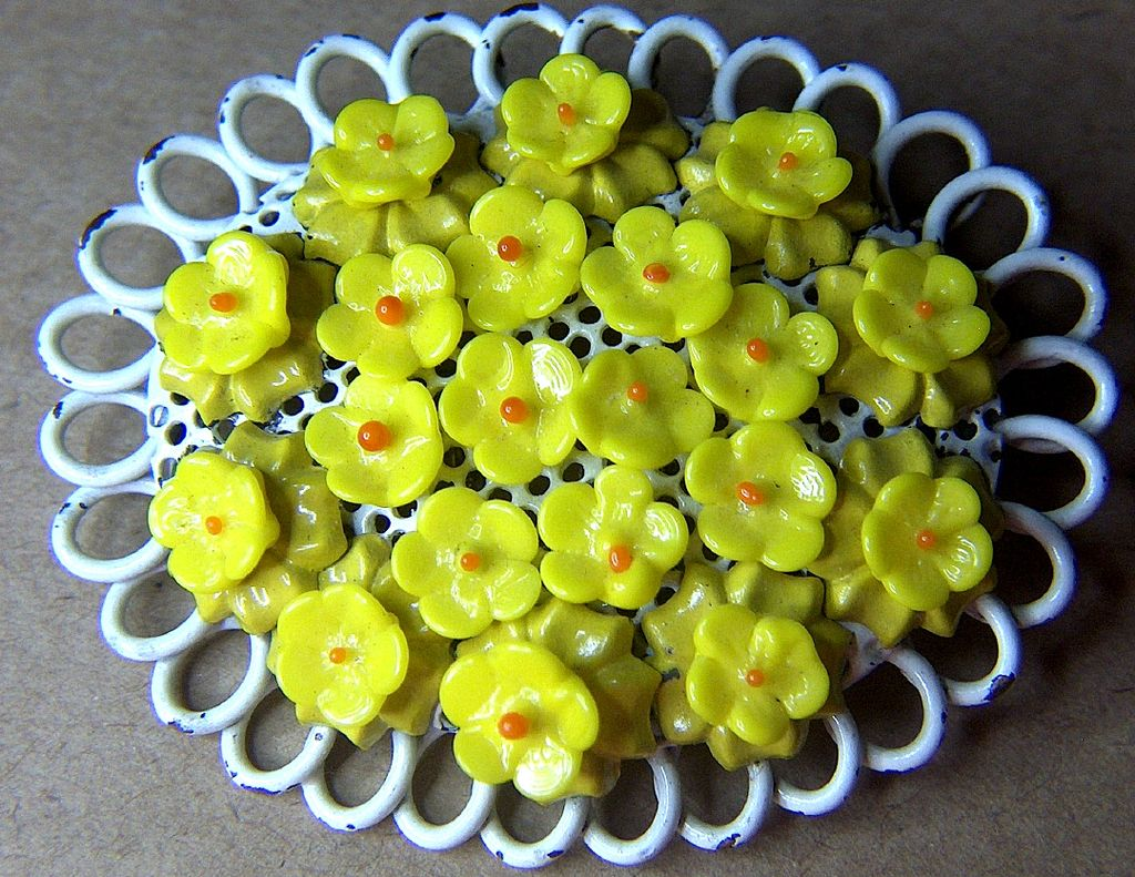 Vintage Enamel & Wired Yellow Glass Flowers Bouquet Pin Brooch