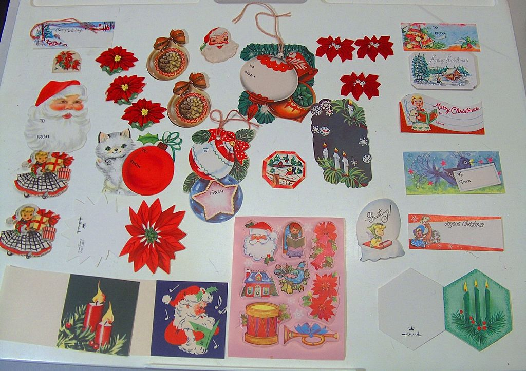 Vintage Christmas Gift Tags and Seals ~ 37 Pieces ~ Never Been Used