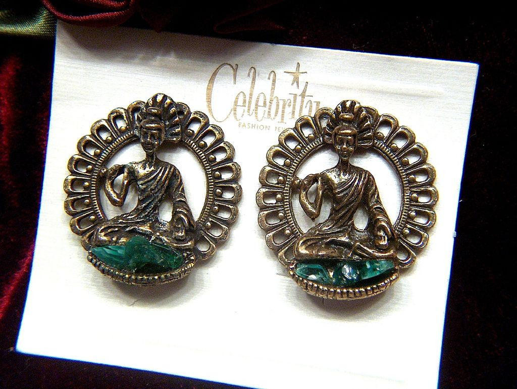 Vintage signed Celebrity God in Lotus Position Clip Earrings ~ Green Glass