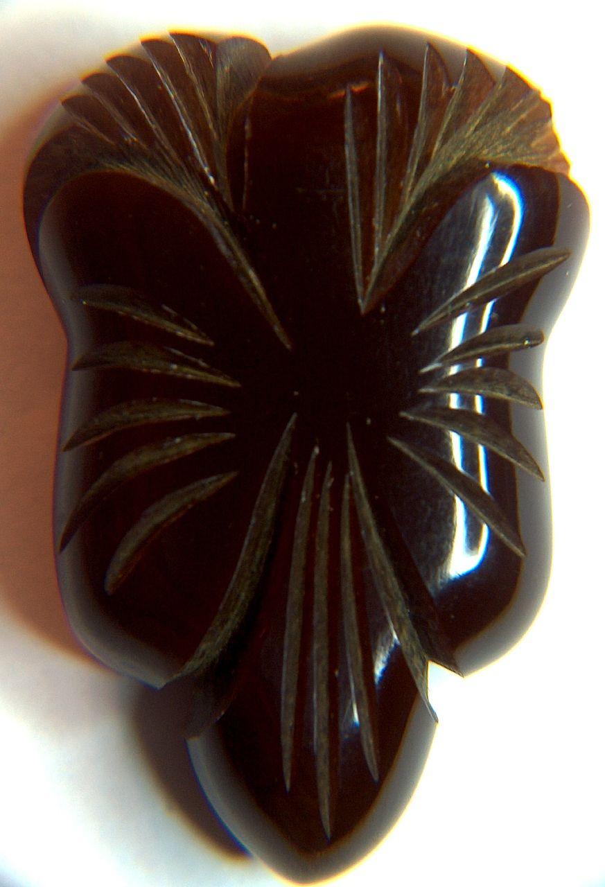 Vintage Brown Art Deco Deeply Carved Bakelite Dress Clip