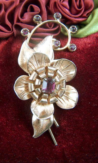 Vintage Retro Moderne Sterling Silver Vermeil Pin Brooch ~ Amethyst