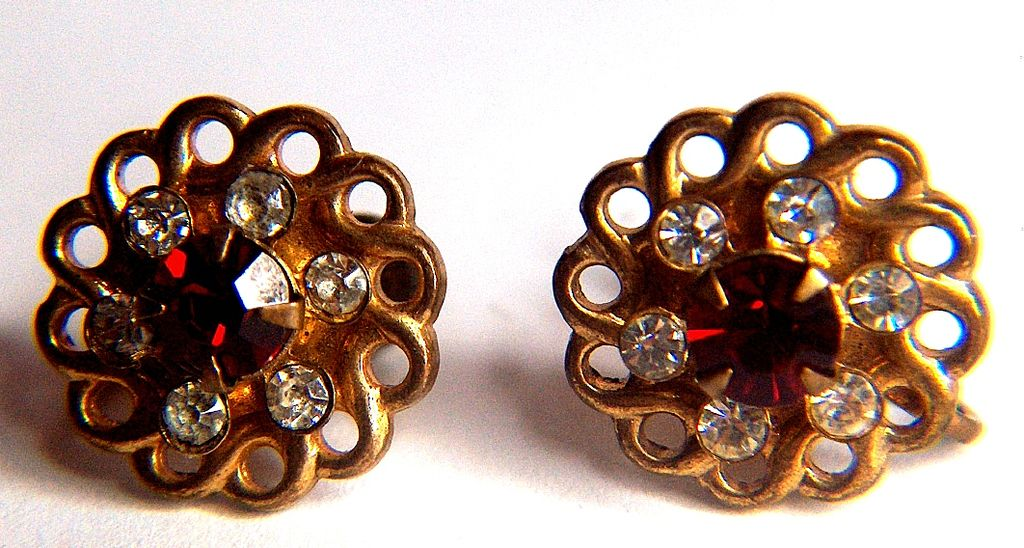 Vintage signed Charm Red and Clear Glass Rhinestones Screw Back Earrings