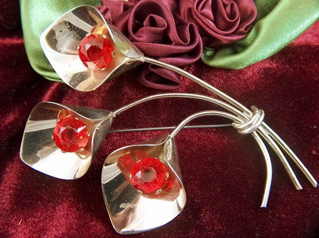 Vintage and HUGE Retro Sterling Silver Vermeil Lily Brooch Pin ~ Red Rhinestones