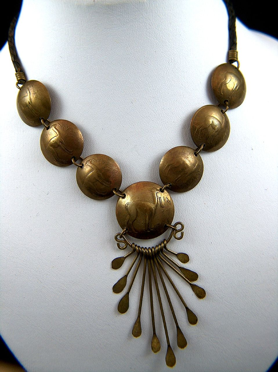 Vintage 1970s Peru Sol de Oro Brass Coin Necklace