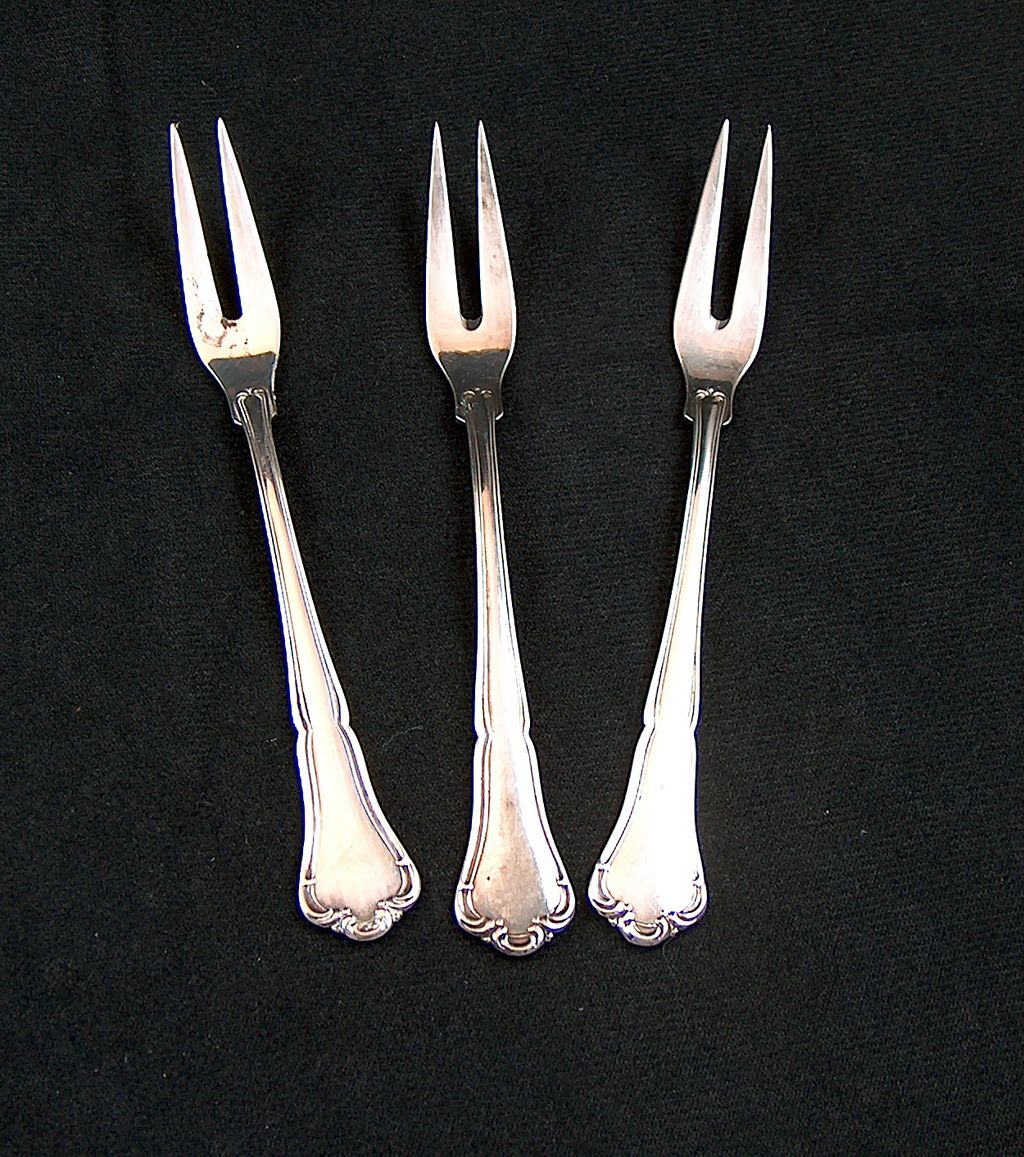 Vintage FRIGAST Anne-Marie Danish Silverplate 2-tine Small Cold Meat Forks ~ Set of 3