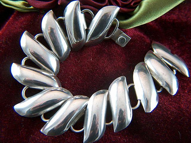 Vintage signed Taxco Mexico Sterling Silver Modernist Link Bracelet